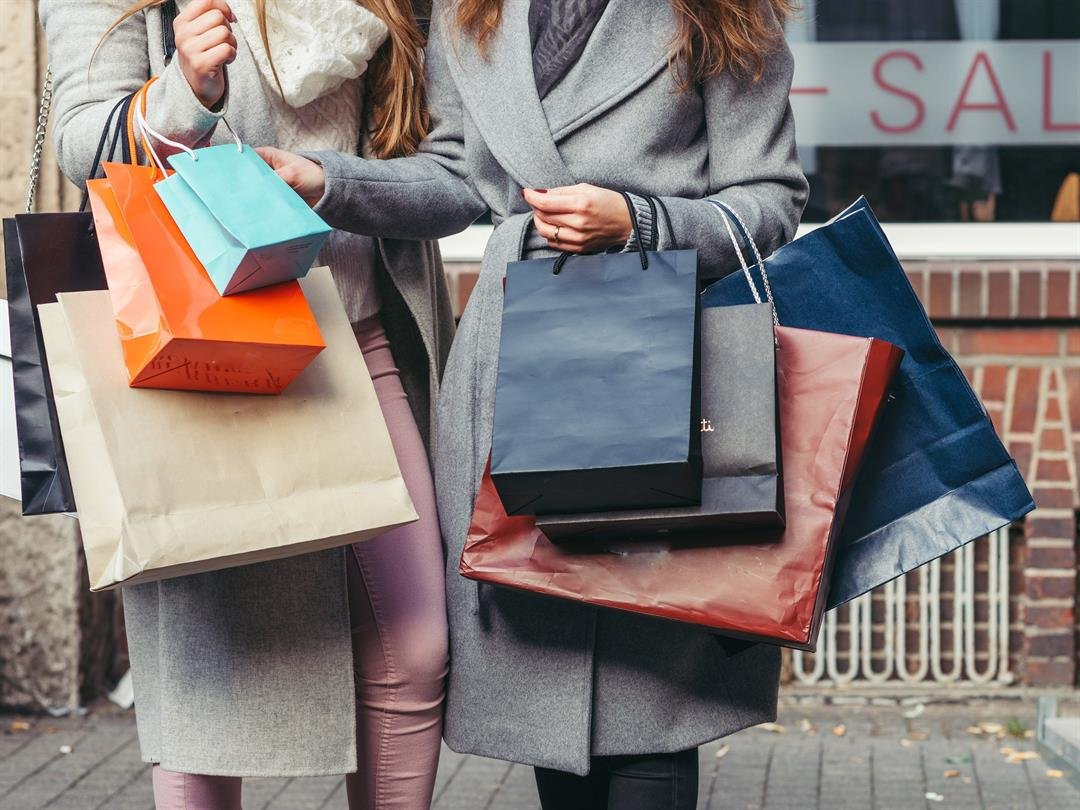 Retail sales rose 0.8% in May, the government reported Thursday - much better than expected. Spending was up 5.9% from a year ago.