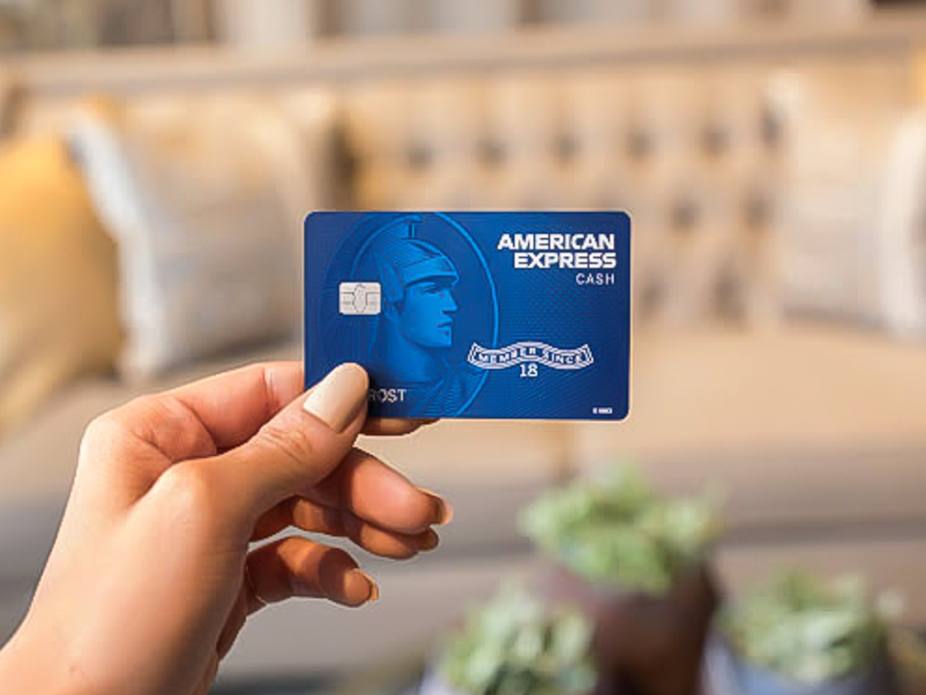 American Express is launching a new card, called Cash Magnet, to give users cash-back flexibility, as well as flexibility in how they choose to pay.