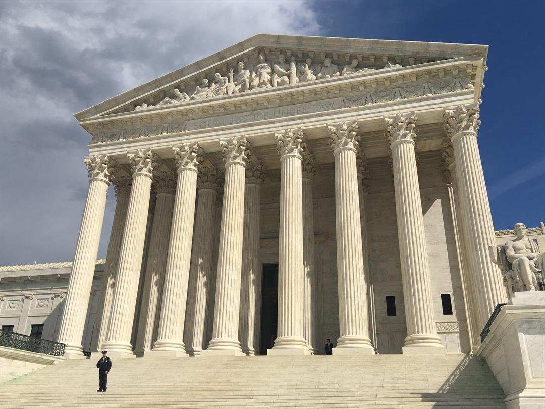 Progressives are spoiling for a fight over the Supreme Court, and Democrats' 2020 presidential prospects are eager to lead them into the battle. (FILE)