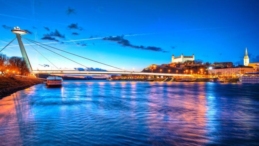 The SNP Bridge (also known as UFO Bridge for its unusual design) is one of the city's most noted landmarks and boasts a splendid panorama of the Old Town and Bratislava Castle.