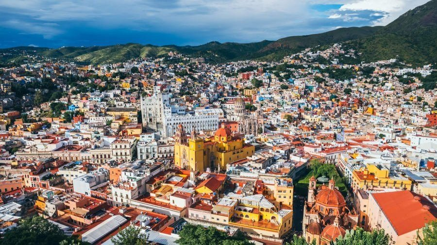 The Mexican state of Guanajuato is known for colorful buildings, beautiful pottery and stunning architecture.