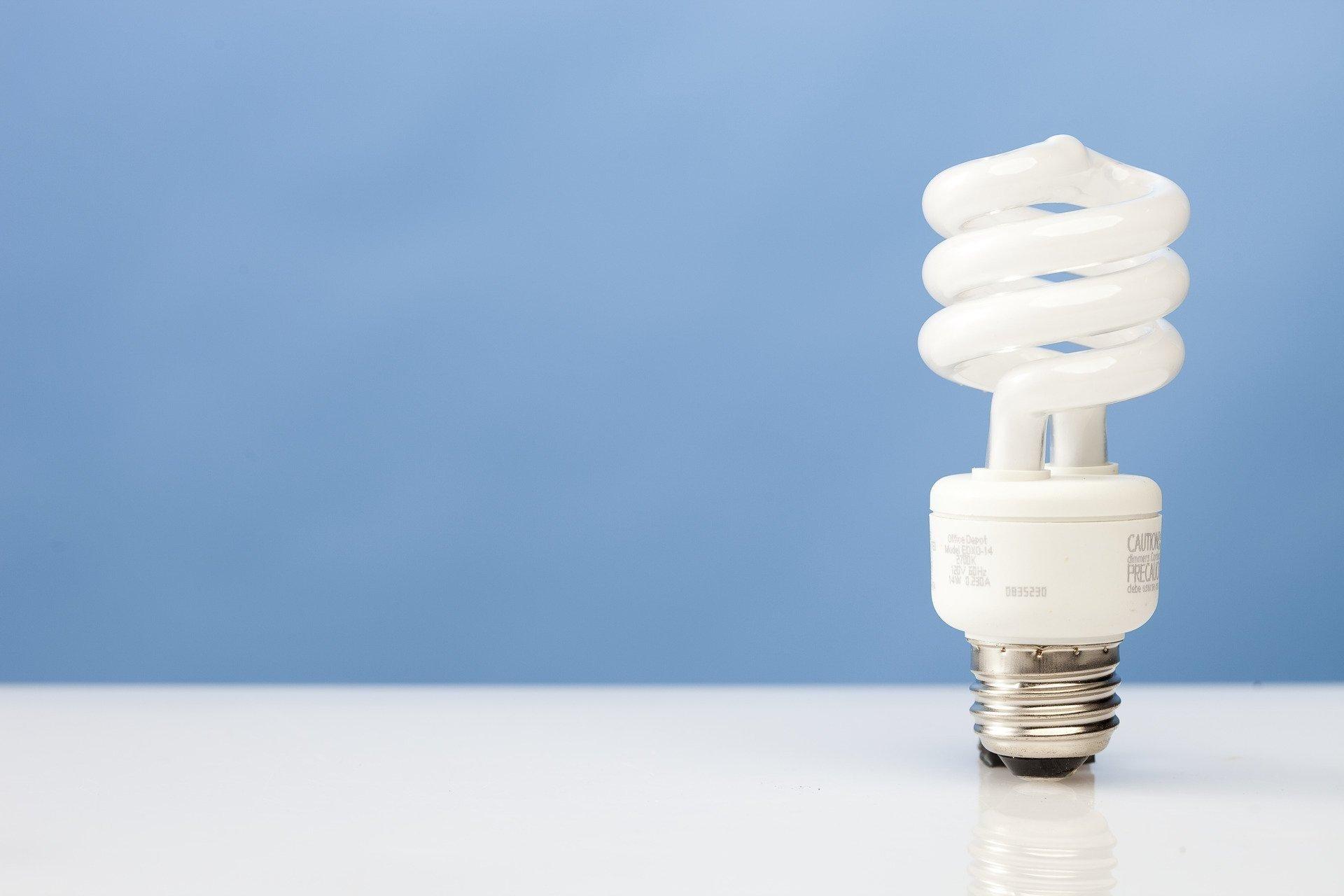 GE wants to unload its iconic light bulb business  NBC2com WBBH