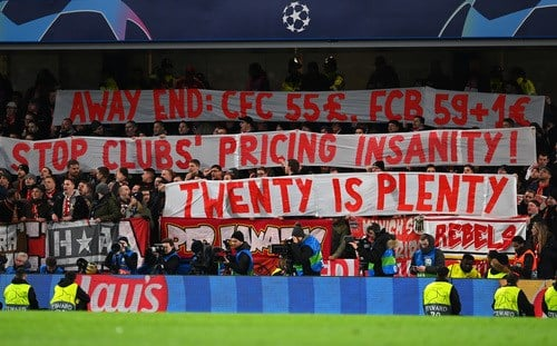 ผลการค้นหารูปภาพสำหรับ Bayern Munich fans protest at Champions League ticket prices