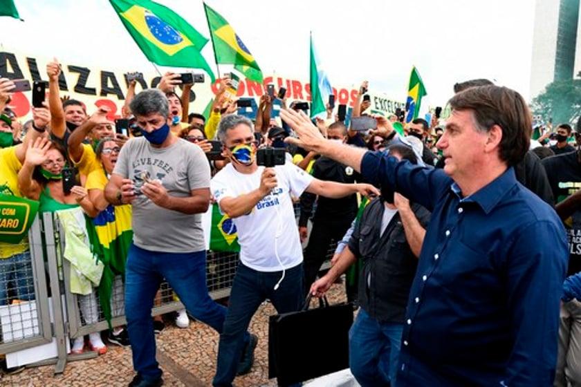 COVID-19: Brazilian mayor criticized President Bolsonaro as 'co-responsible' for nation's vast death